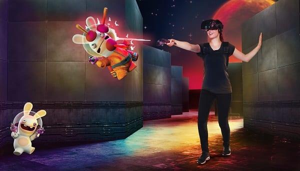 Norwegian-Encore-Galaxy-Pavilion-VR-MazeRS