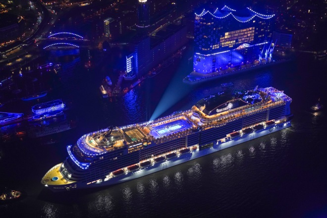 MSC Cruises celebrates the christening of MSC Grandiosa in Hamburg, Germany (17).JPG