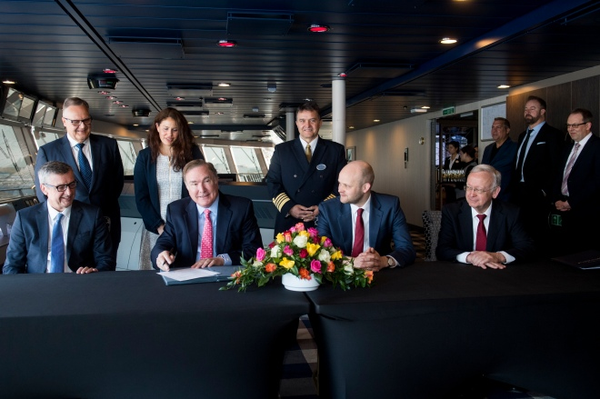 SPECTRUM OF THE SEAS Signing ceremony 14