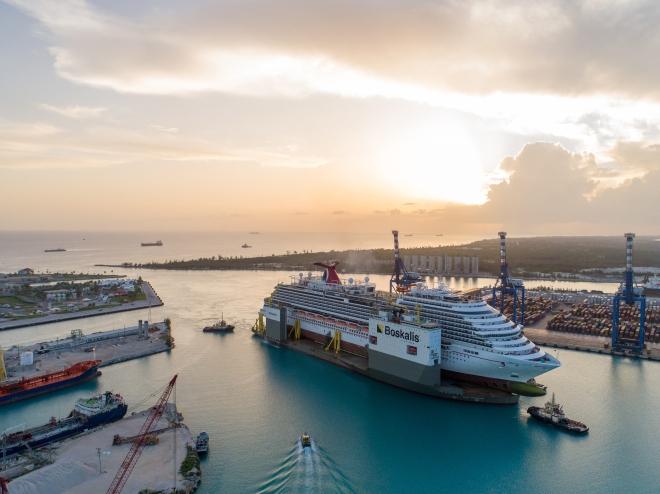 BOKA_Vanguard_loaded_with_cruise_ship_Carnival_Vista_arrives_in_Freeport